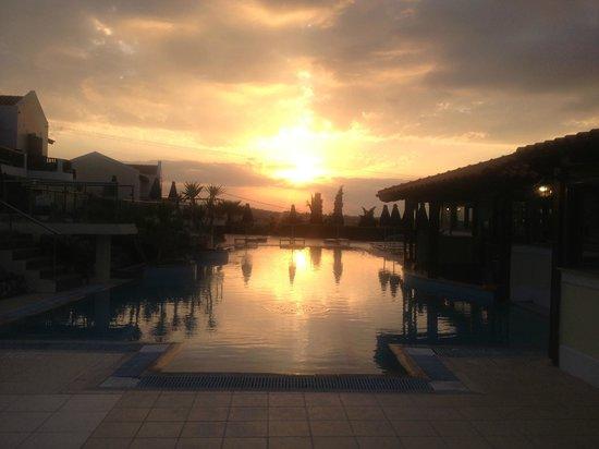 Aegean View Aqua Resort: greek sunset