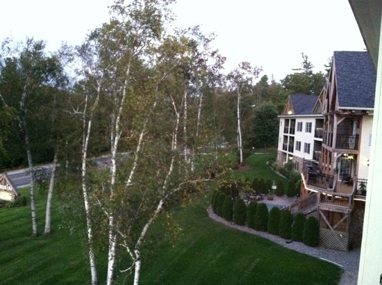 Mountain Edge Resort & Spa at Sunapee: View from room
