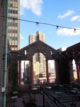 Pod 39 Hotel: Rooftop bar - esterno