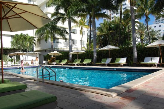 South Seas Hotel : South Seas Pool