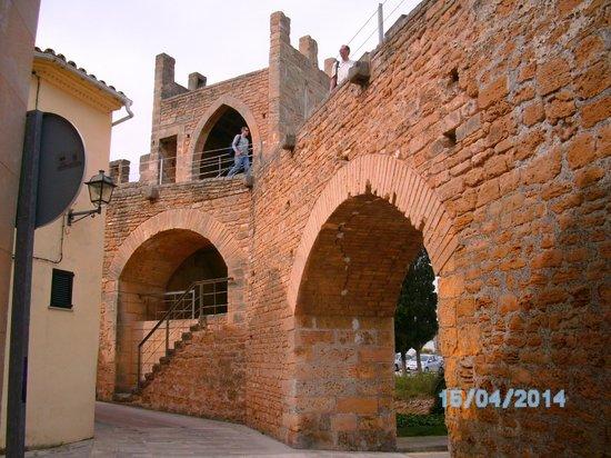 Alcudia Old Town: La Entrada