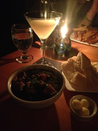 Jamie's Restaurant and Lounge: My stew and lemon drop martini