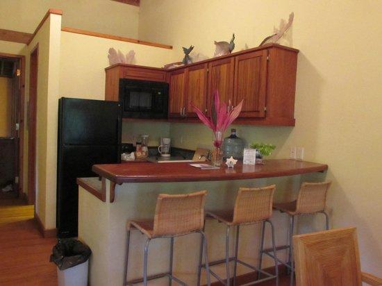 The Resort at Palmetto Bay: kitchen