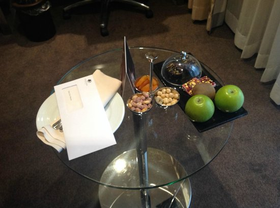 DoubleTree by Hilton Istanbul - Old Town: the tray of delicious treats that awaited us in our room one evening