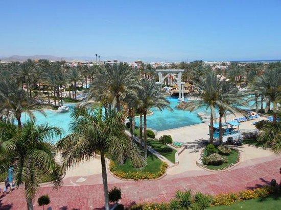 lti Tropicana Grand Azure : Lovely pool