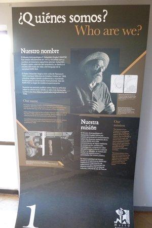 Museo Antropologico P. Sebastian Englert : Eine der vielen Schrifttafeln