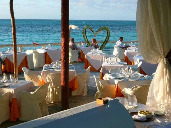 Paradisus Rio de Oro Resort & Spa: Returning Guest Banquet