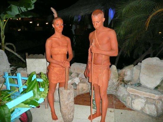 "Paradisus Rio de Oro Resort & Spa: ""Natives"" at Cuban Night"