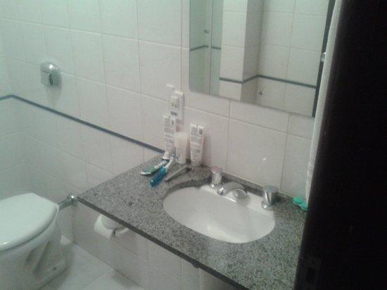 Hotel Riad: banheiro