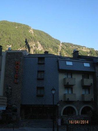 Hotel Bonavida, Telecabina Canillo