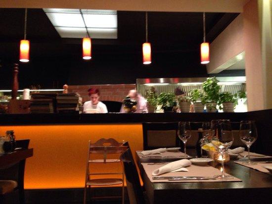 Restaurant Amfora : Beautiful ambiance And open kitchen