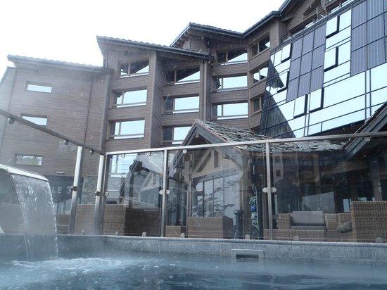 Altapura : From swimming pool