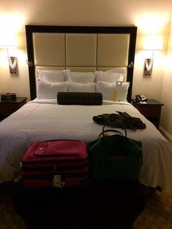 JW Marriott Chicago: King Bed