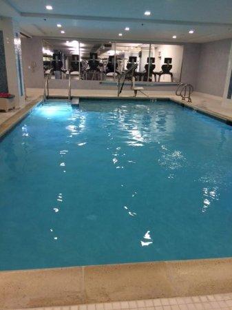 JW Marriott Chicago: Pool Area
