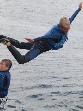 Outdoor Dublin : Pier Jumping...