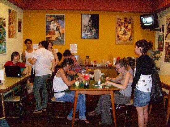 Frankville Hostel & Intercultural Club: El comedor de Frankville