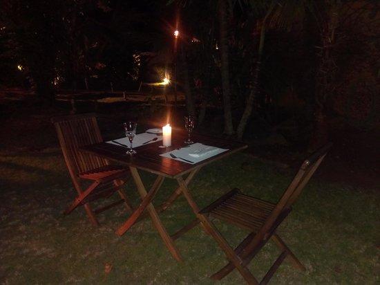 Cena rom ntica en el jard n picture of casa mori - Cena romantica a casa ...