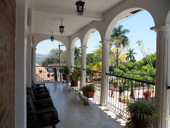 Central Hotel: Balcony