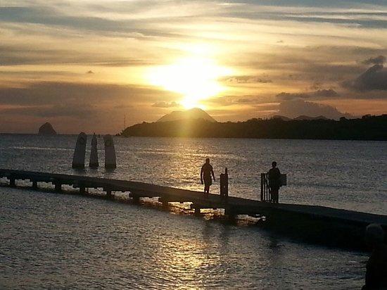 Club Med Les Boucaniers : Coucher de soleil en face du bar