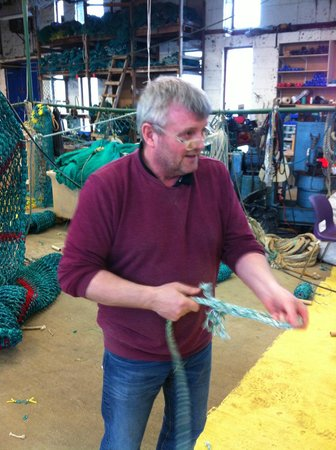 Bryggjan : Kristinn, the owner, showing us the ropes