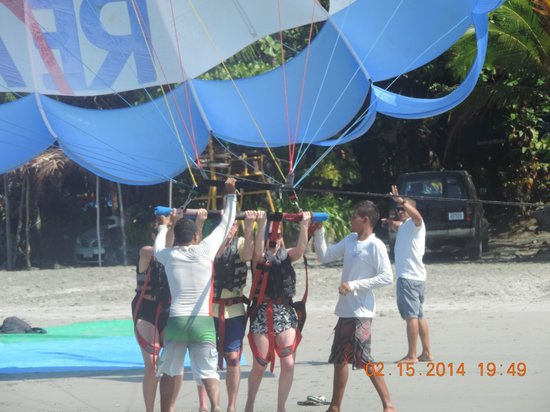 Aguas Azules Parasailing & Watersports Tours: Preparing to lift off.