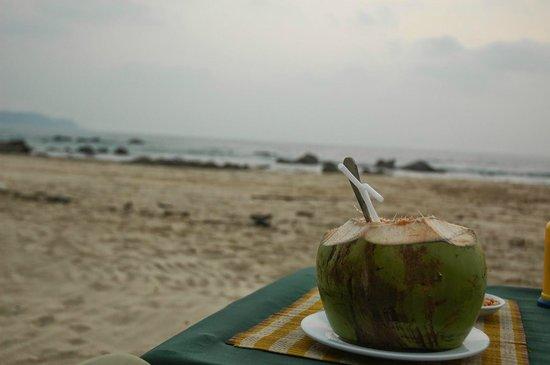 The Green Umbrella : Sunset Pina Colada