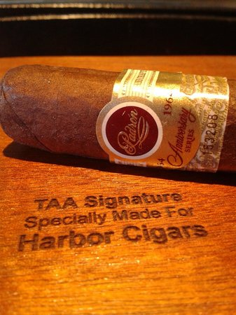Harbor Cigars: Member of Tobacconists' Association of America