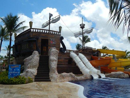 Barcelo Bavaro Palace : Dans la piscine pour les jeunes