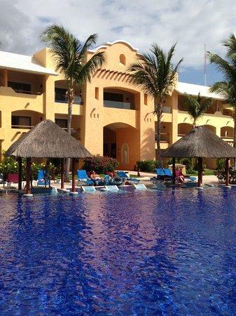 Barcelo Maya Palace : Pool