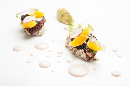 Superb dining experience white modern cuisine noord traveller reviews tripadvisor - Moderne cusine ...