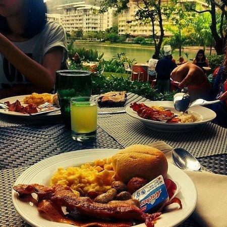 Pico Sands Hotel : great buffet breakfast