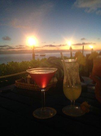 Malolo Island Resort: Bula!! Happy Hour!