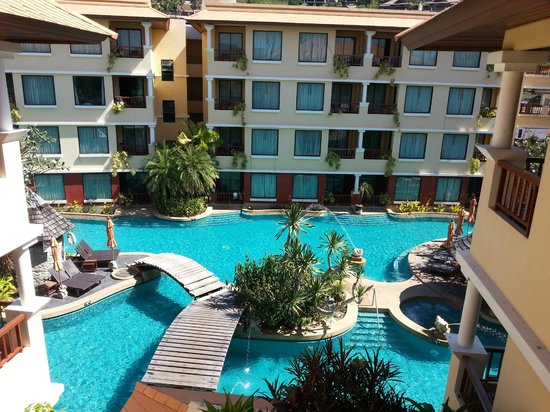 Patong Paragon Resort & Spa : Pool View