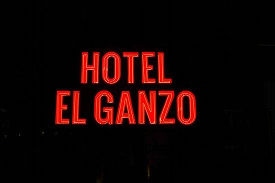 Hotel El Ganzo: Signage