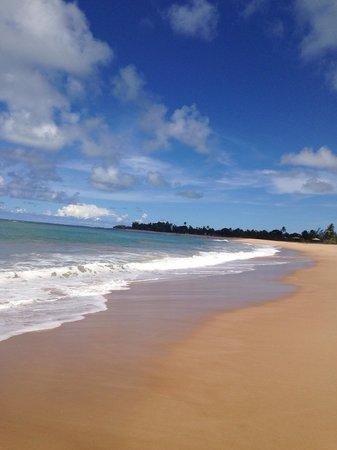 Pousada Praia das Ondas : Praia frente a Pousada.