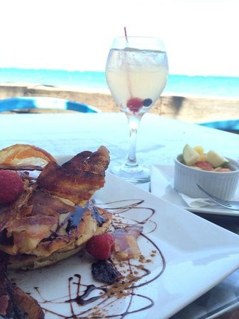 Hosteria Del Mar: Uvva menu from Paradise.