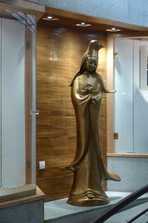 Kun Iam Statue: Ecumenical Center  - Kun Iam figure