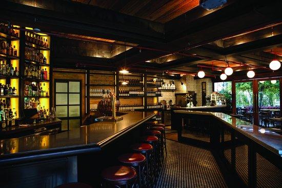 Cacio & Pepe Taverna Italiana