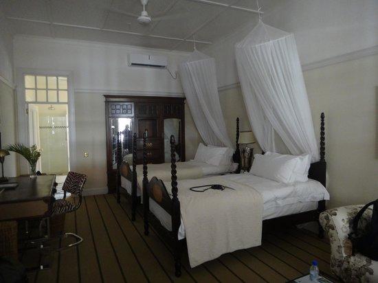 The Victoria Falls Hotel: Room