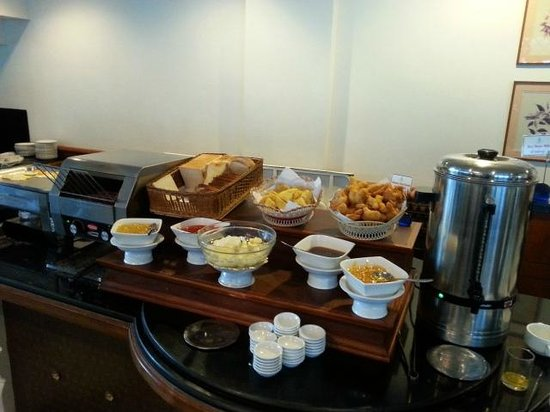 Krungsri River Hotel : breakfast