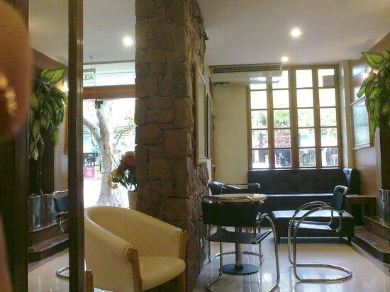 San Martin Hotel Spa: Lobby 1