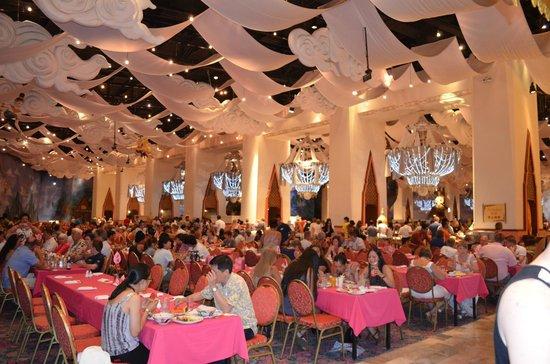 Phuket FantaSea: General Dining Area