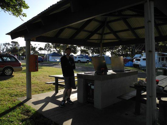 NRMA  Merimbula Beach Holiday Park : BBQ shelters available