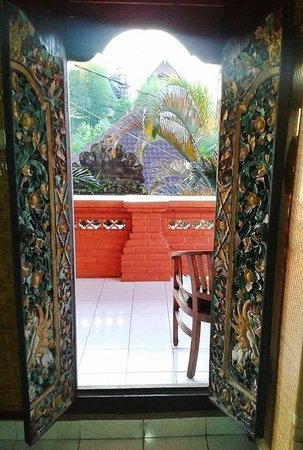 Kori Bali Inn: Window