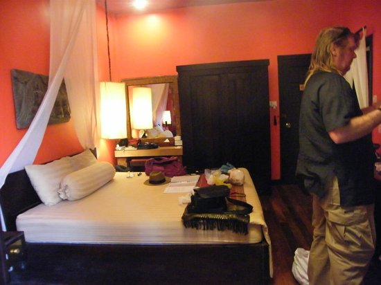 Golden Temple Hotel: Our room