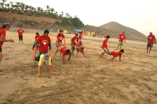 Tortugueros Las Playitas : Jr. Lifeguard Program