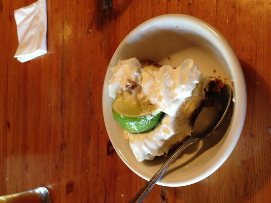 Pepe's Cafe: Delicious Key Lime Pie