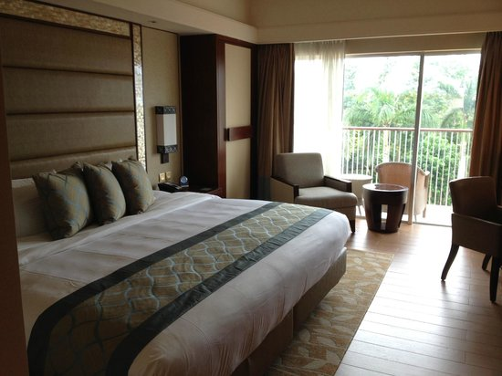 Shangri-La's Mactan Resort & Spa: Garden View Room