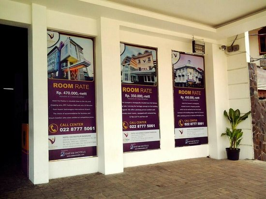 Vio Surapati Bandung (Managed by Dafam Hotels) : Tampak Depan