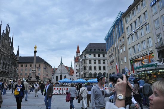 Marienplatz - Munique
